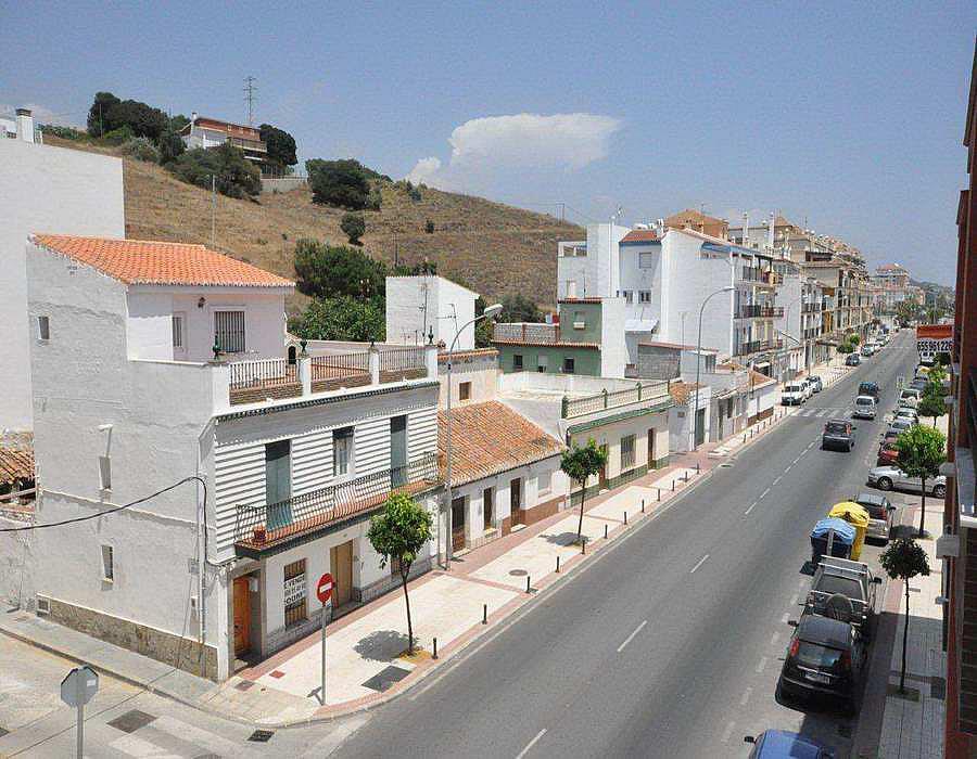 Piso en alquiler en calle Andalucia, Caleta de Velez - 288273060