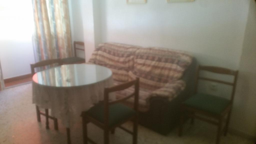 Piso en alquiler en calle Pastillo, Barrio de Viaplana en Huelva - 318481556