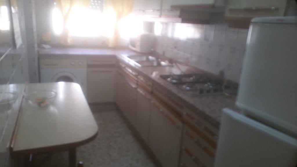 Piso en alquiler en calle Pastillo, Barrio de Viaplana en Huelva - 318481571