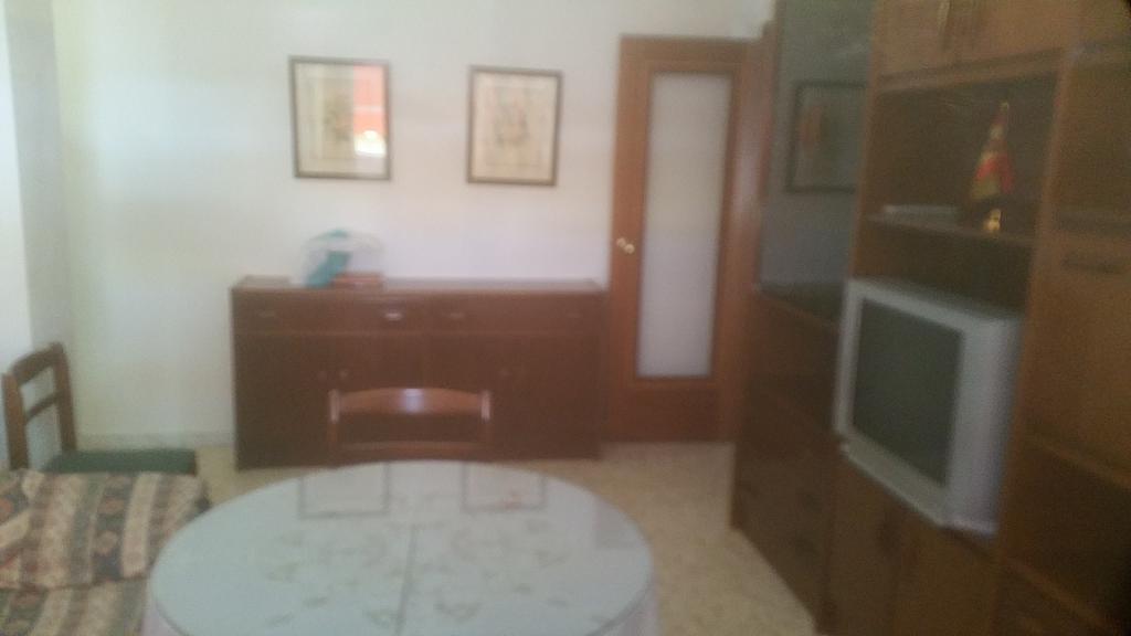 Piso en alquiler en calle Pastillo, Barrio de Viaplana en Huelva - 318481598