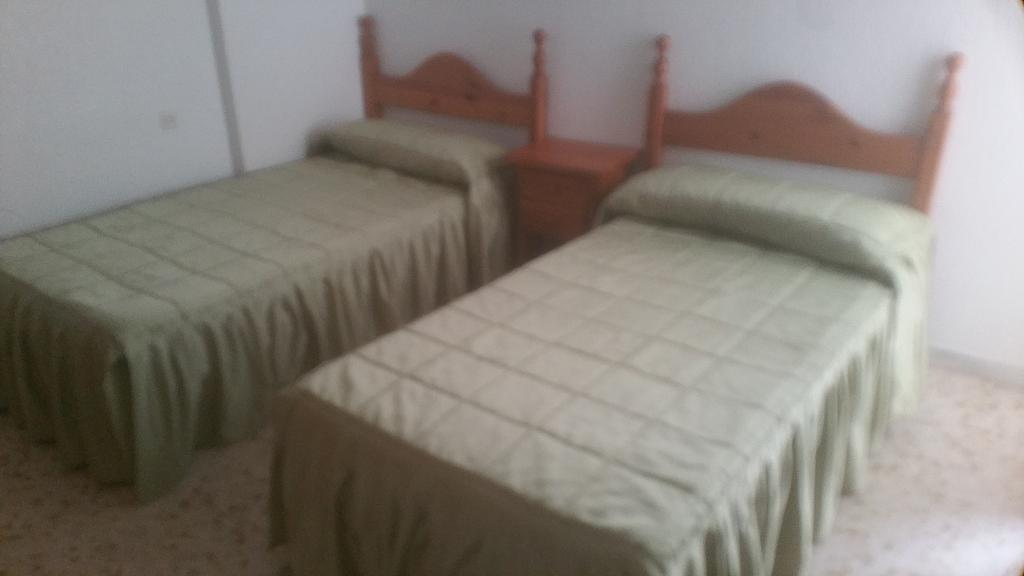 Piso en alquiler en calle Pastillo, Barrio de Viaplana en Huelva - 318481695
