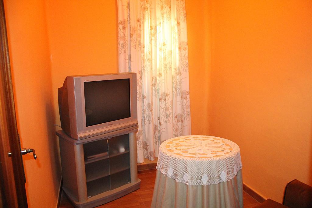 Piso en alquiler en calle Alonso de Palos, Barrio de Viaplana en Huelva - 324828334