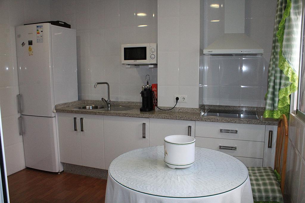 Piso en alquiler en calle Alonso de Palos, Barrio de Viaplana en Huelva - 324828352