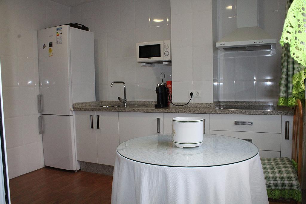Piso en alquiler en calle Alonso de Palos, Barrio de Viaplana en Huelva - 324828358