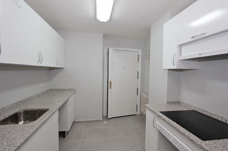 Piso en alquiler en Piovera-Conde Orgaz en Madrid - 322579821