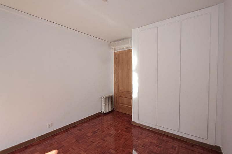 Piso en alquiler en Piovera-Conde Orgaz en Madrid - 322579846