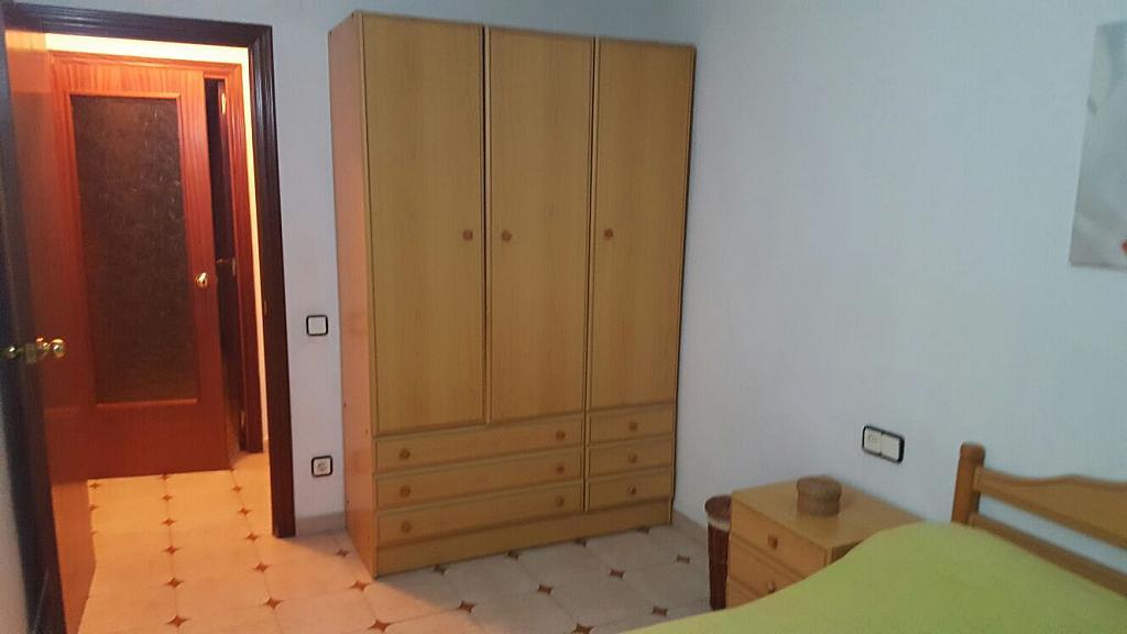 Piso en alquiler en calle Narcis Monturiol, Pineda de Mar - 335738863
