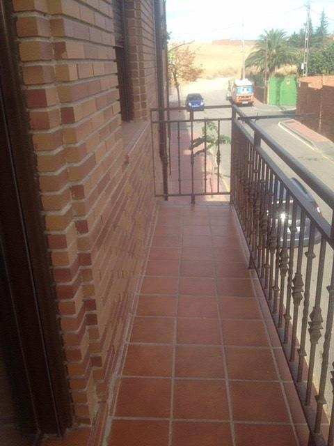 Piso en alquiler en calle Martires, Casarrubios del Monte - 331317076