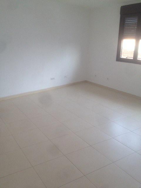 Piso en alquiler en calle Martires, Casarrubios del Monte - 331317083