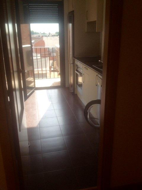 Dúplex en alquiler en calle Martires, Casarrubios del Monte - 331322806