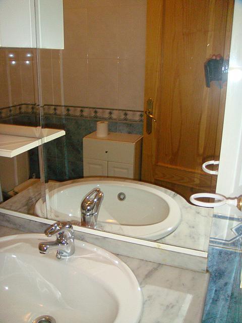 Piso en alquiler en calle Cipres, Ciudad Real - 301773532
