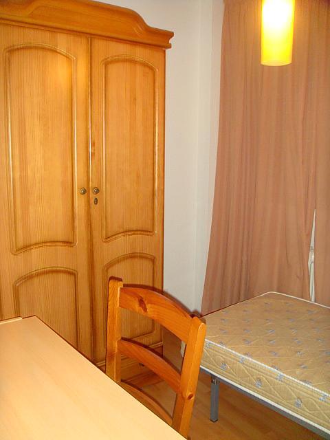 Piso en alquiler en calle Cipres, Ciudad Real - 301773561