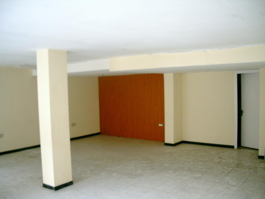 Local comercial en alquiler en calle Elionor, Montcada Centre en Montcada i Reixac - 325260779