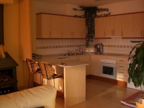 Cocina - Apartamento en venta en calle Francesc Mas Ros, Els masos en Coma-Ruga - 25801856