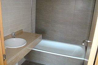 Baño - Apartamento en venta en calle Josep Maiol, Masia blanca en Coma-Ruga - 42685221