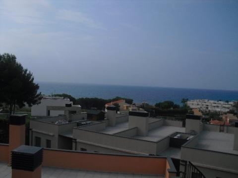 Apartamento en venta en calle Josep Maiol, Masia blanca en Coma-Ruga - 42903915