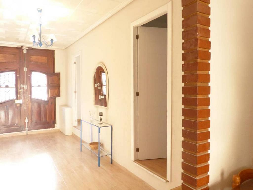 Casa en alquiler de temporada en calle Eugenia Viñes, El Cabanyal- El Canyamelar en Valencia - 330091701