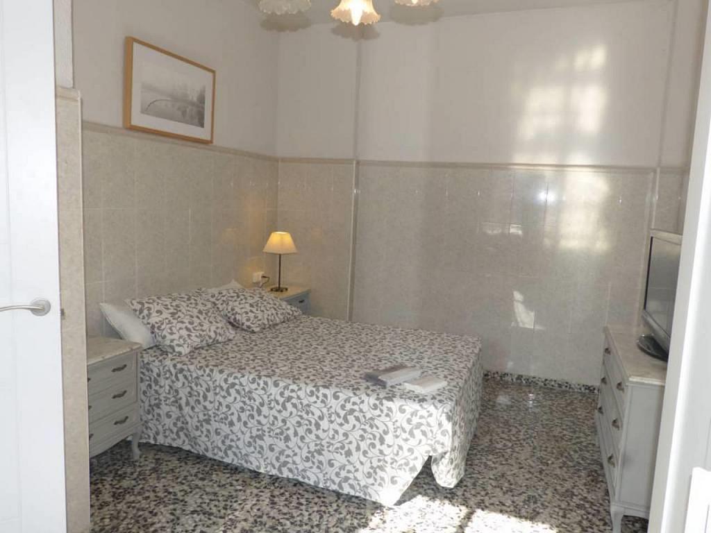 Casa en alquiler de temporada en calle Eugenia Viñes, El Cabanyal- El Canyamelar en Valencia - 330091707