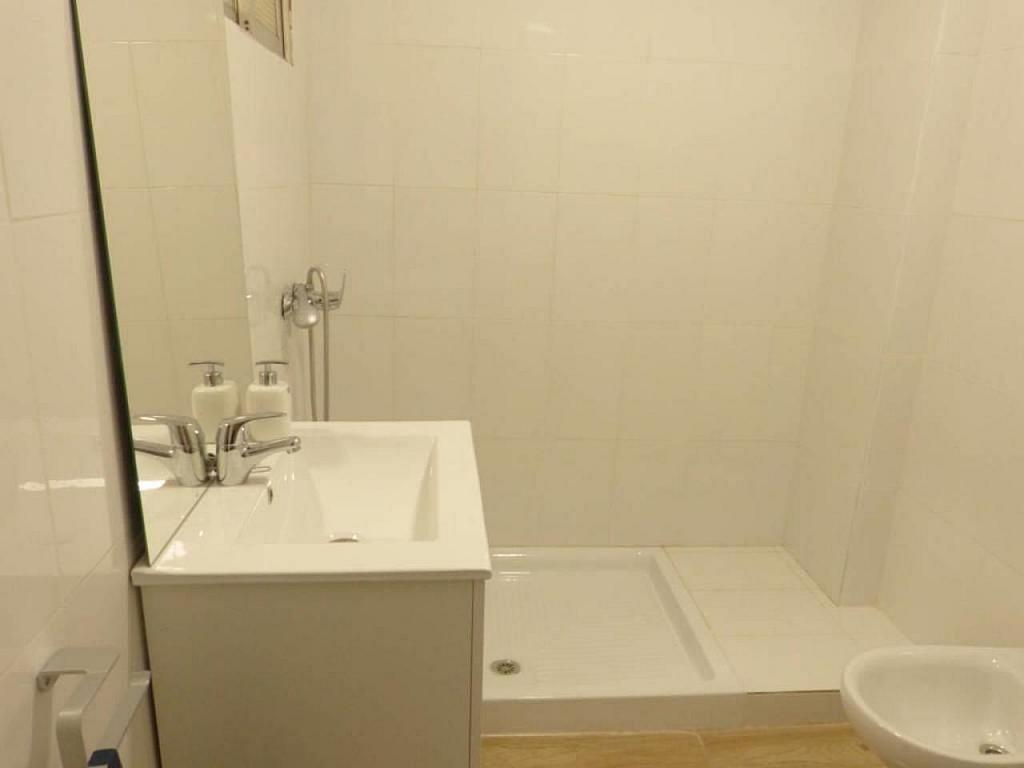 Casa en alquiler de temporada en calle Eugenia Viñes, El Cabanyal- El Canyamelar en Valencia - 330091725