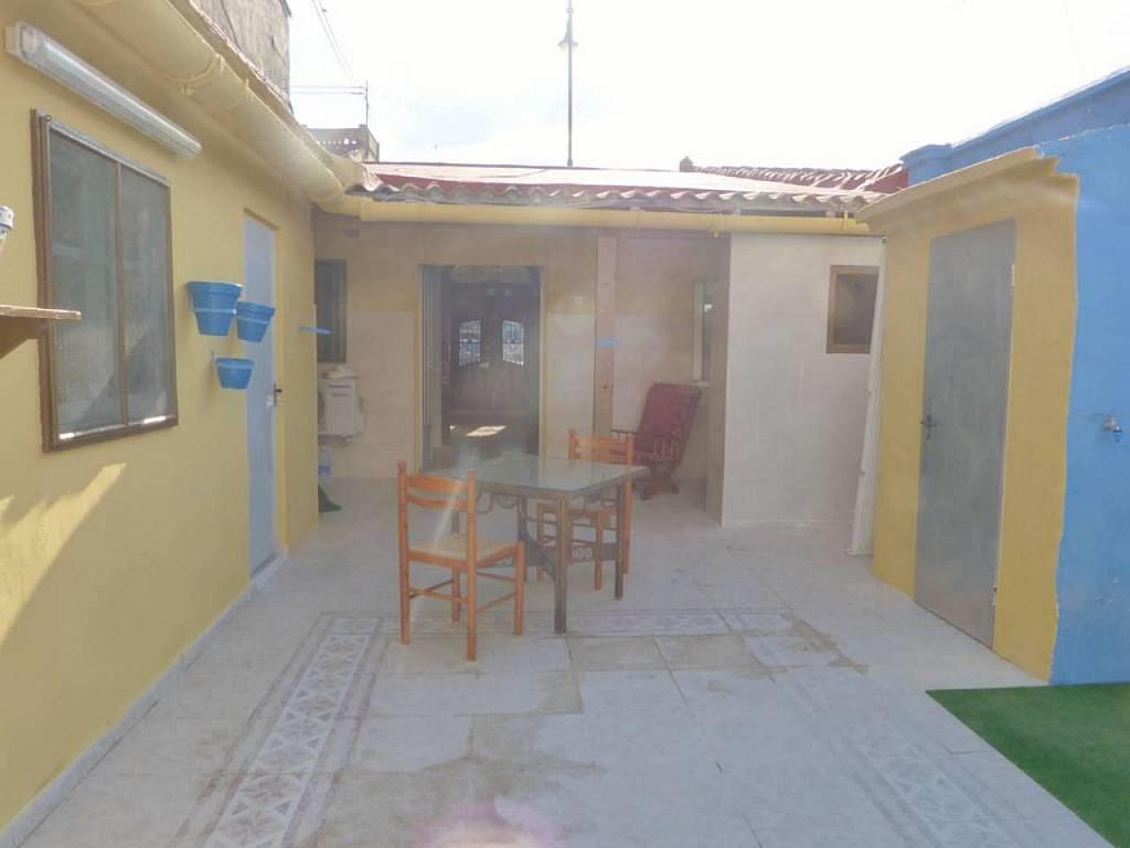 Casa en alquiler de temporada en calle Eugenia Viñes, El Cabanyal- El Canyamelar en Valencia - 330091734