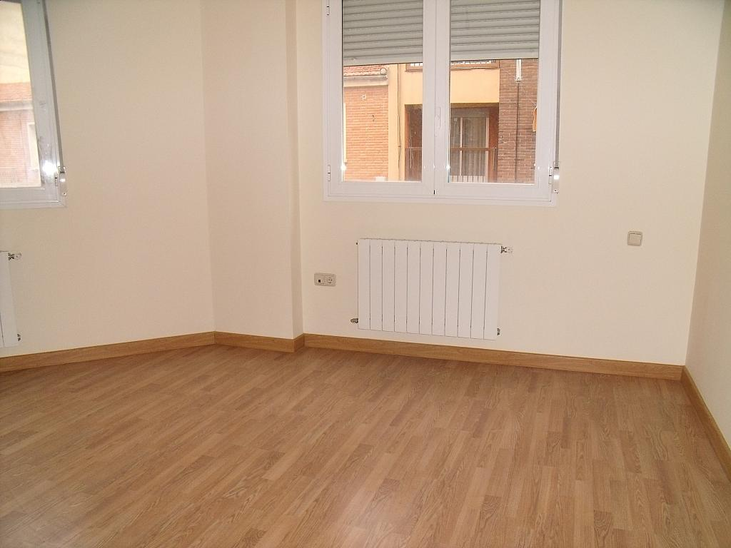 Apartamento en venta en calle Cuchilleros, Cubas-Industria en Albacete - 252371290