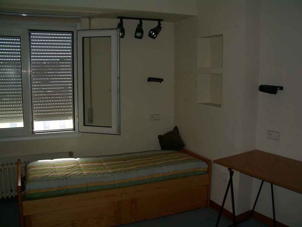 Piso en alquiler en calle Calvo Sotelo, Centro en Santander - 280328114