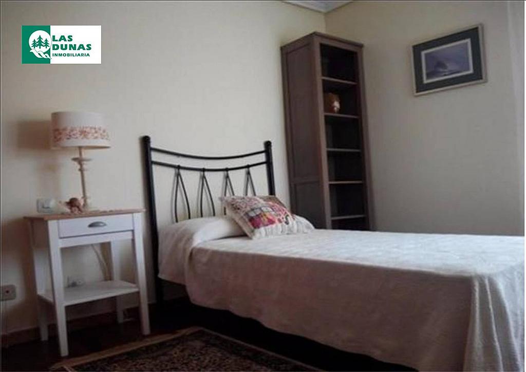 Piso en alquiler en calle Valdecilla, Cuatro Caminos en Santander - 329613541