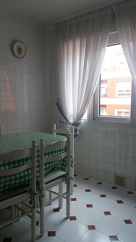 Piso en alquiler en calle Zona Las Antenas, Los Castros-Gral Davila en Santander - 344317697
