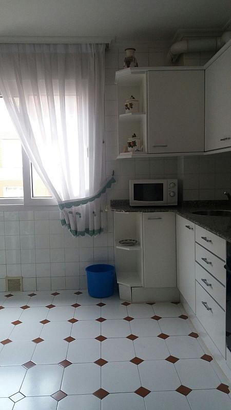 Piso en alquiler en calle Zona Las Antenas, Los Castros-Gral Davila en Santander - 344317701