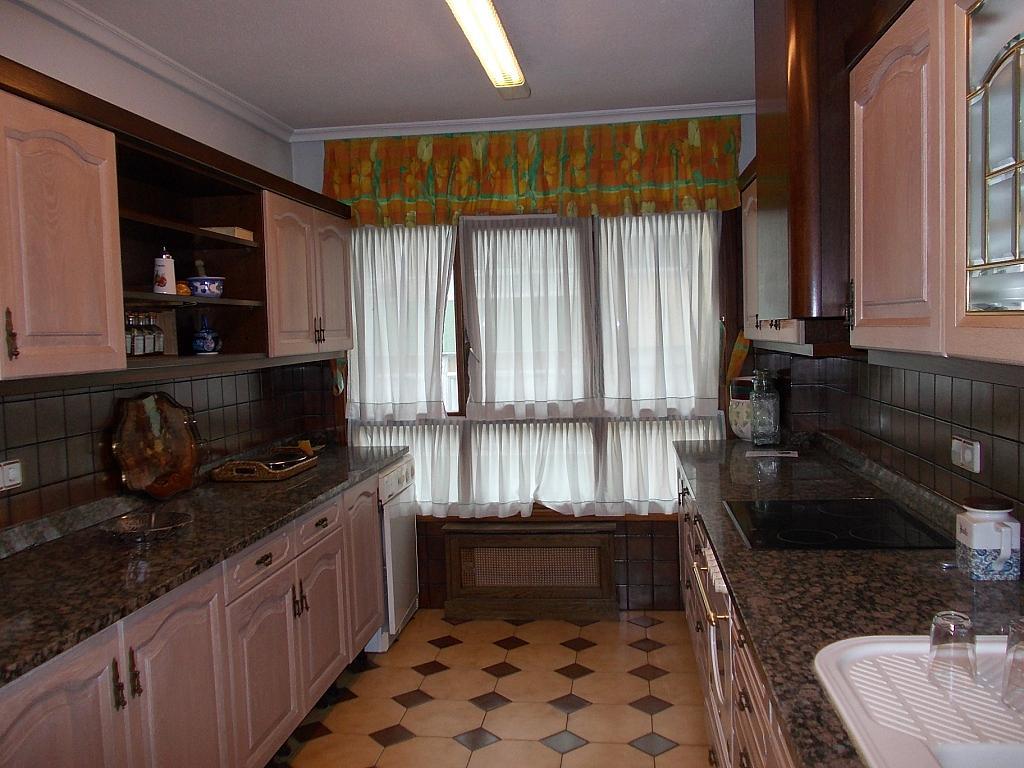 Piso en alquiler en calle San Fernando, San Fernando en Santander - 127352419