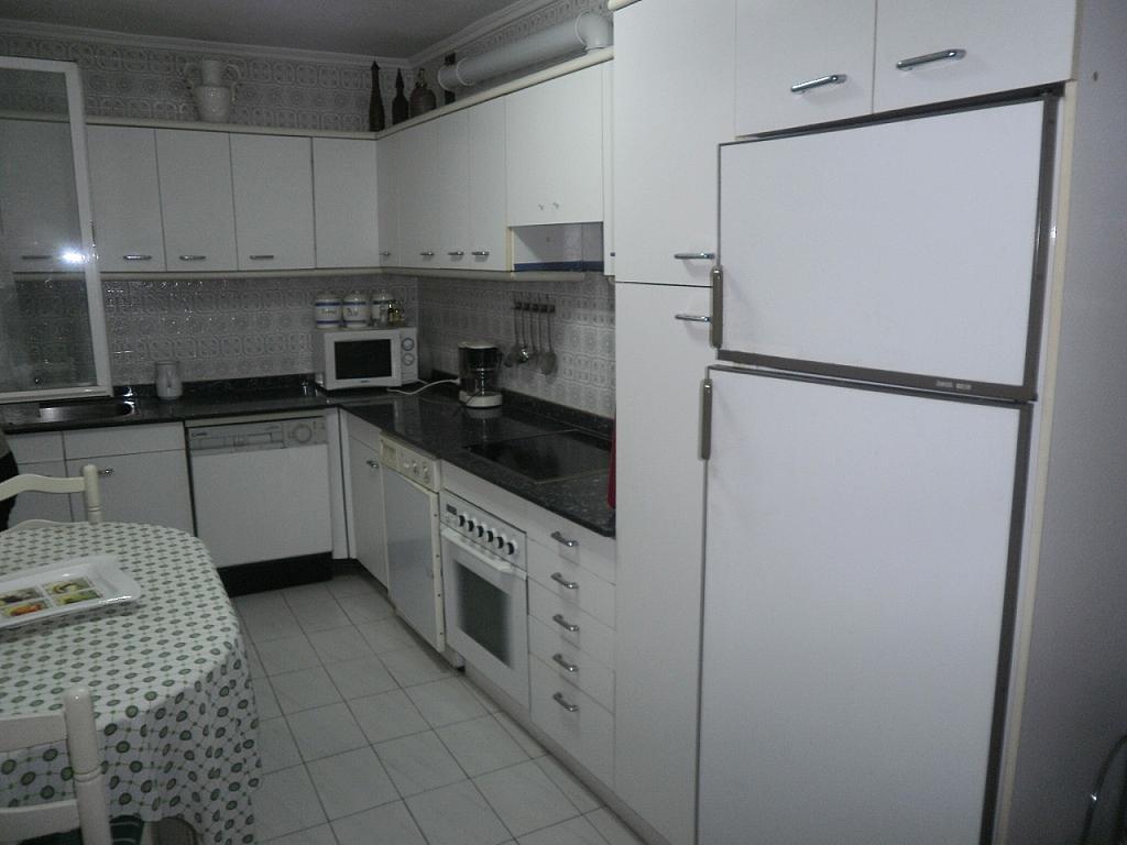 Piso en alquiler en calle Vargas, San Fernando en Santander - 183739993