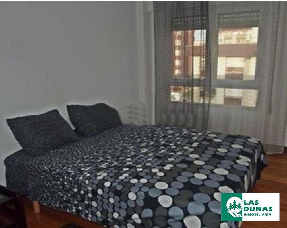 Piso en alquiler en calle Maliaño, Maliaño - 387960363