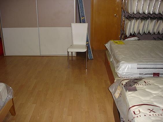 Local en alquiler en calle Pere Pelegrí, Can vidalet en Esplugues de Llobregat - 165360776