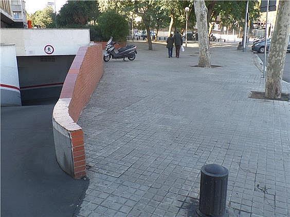 Parking en alquiler en calle Arístides Maillol, Sant Ramon-La Maternitat en Barcelona - 171919472