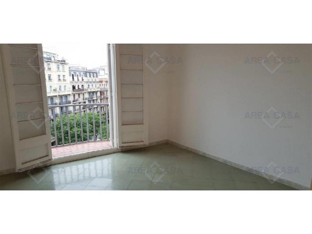 Piso en alquiler en La Sagrada Família en Barcelona - 327093692