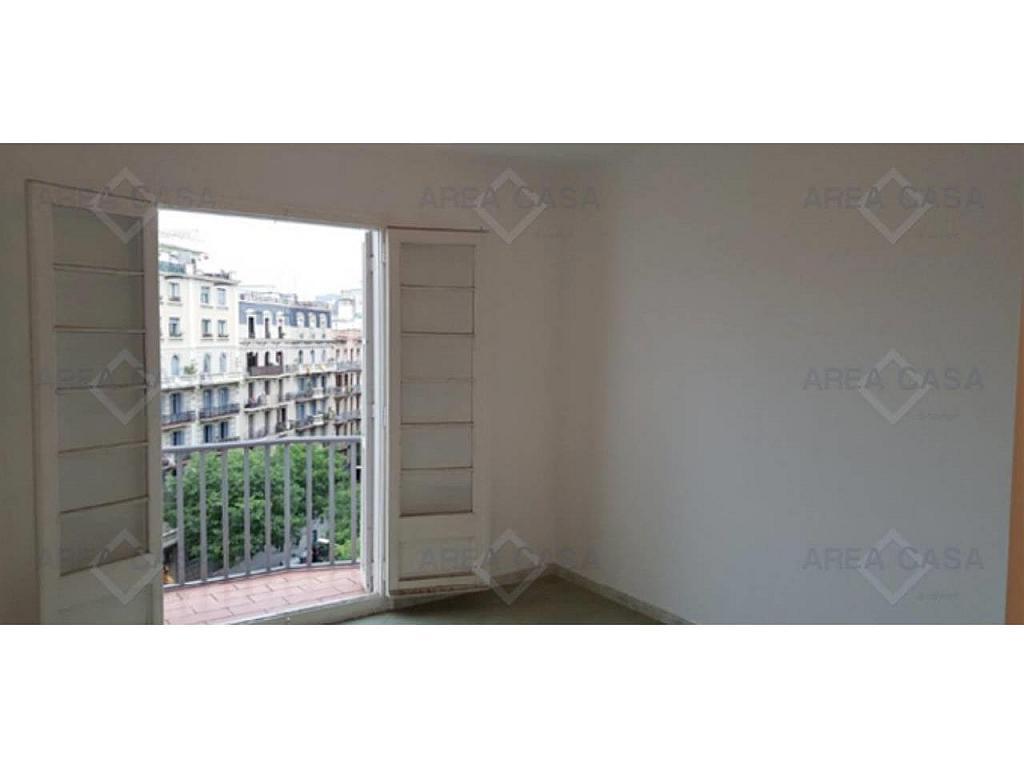 Piso en alquiler en La Sagrada Família en Barcelona - 327093695