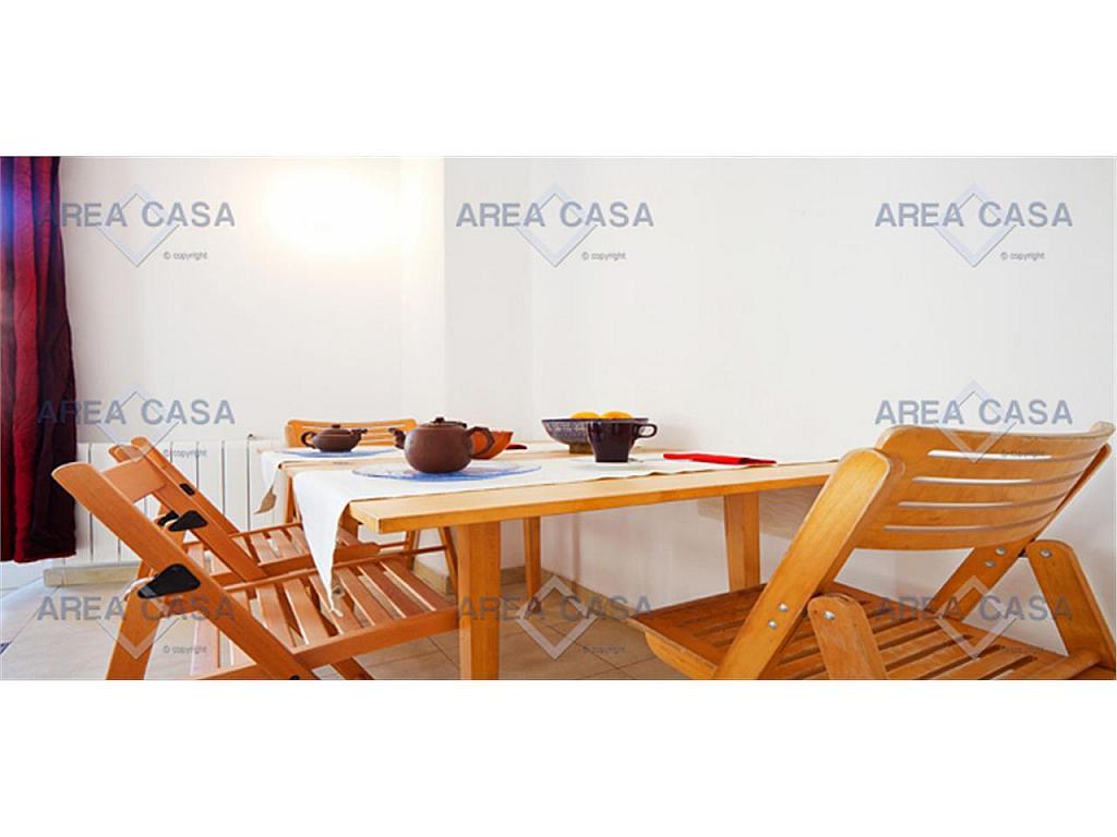 Piso en alquiler en El Raval en Barcelona - 290630256