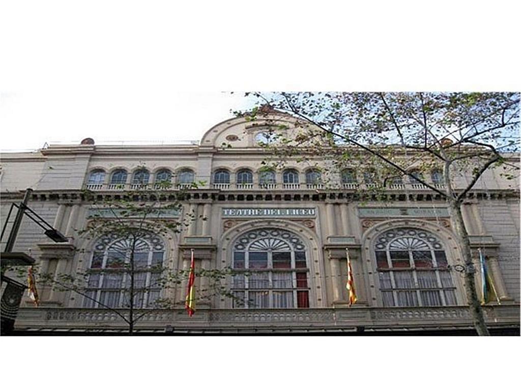 Piso en alquiler en El Raval en Barcelona - 337377396
