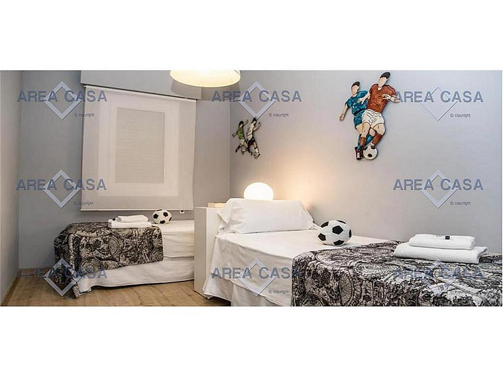 Piso en alquiler en Les corts en Barcelona - 366160475