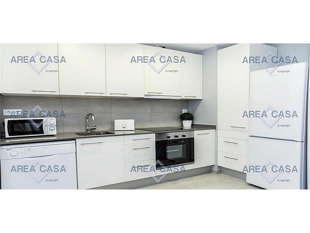 Piso en alquiler en Les corts en Barcelona - 366160490