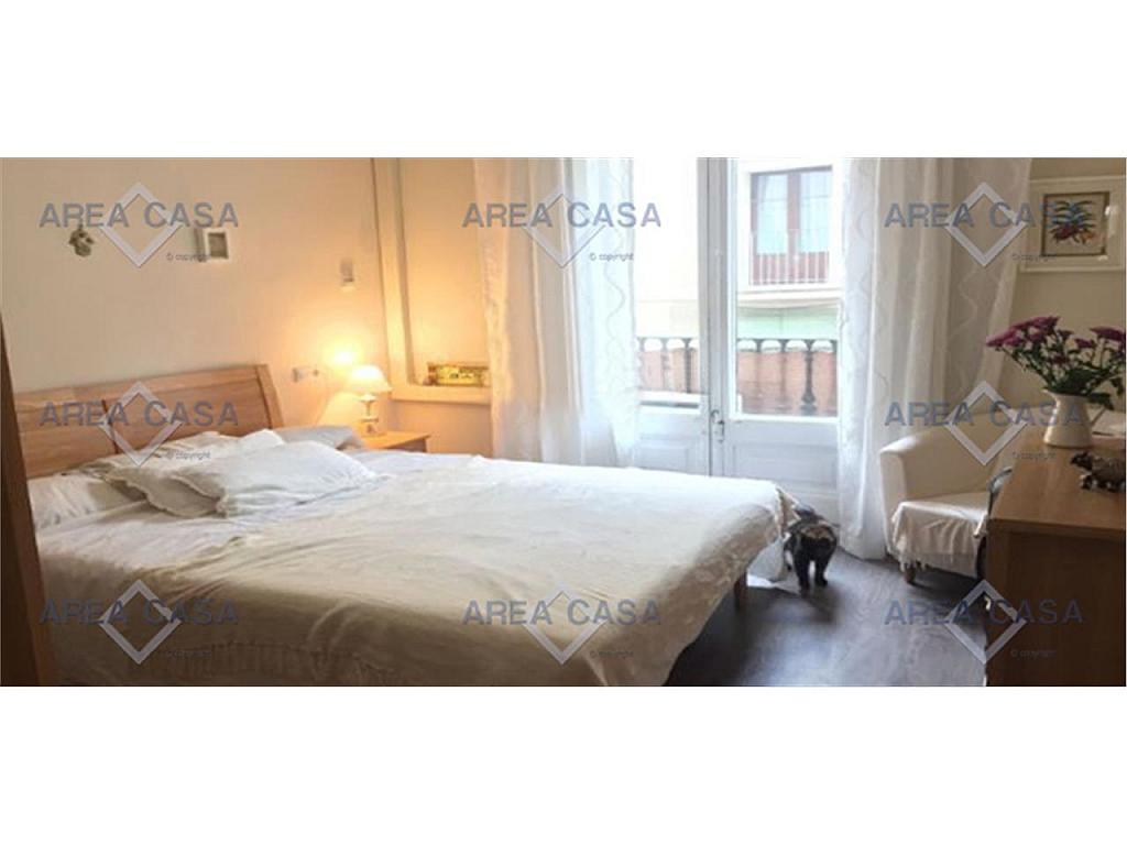 Piso en alquiler en calle L´Hospital, El Raval en Barcelona - 327092618