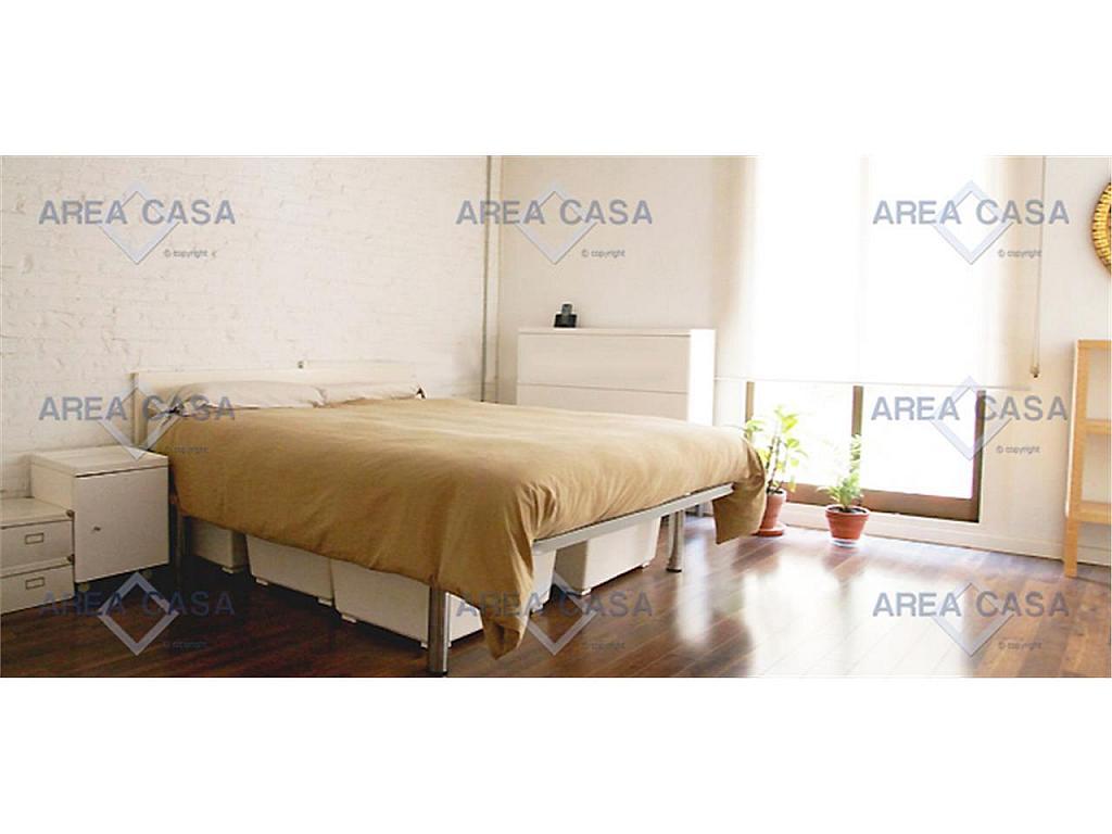 Piso en alquiler en El Raval en Barcelona - 317933517