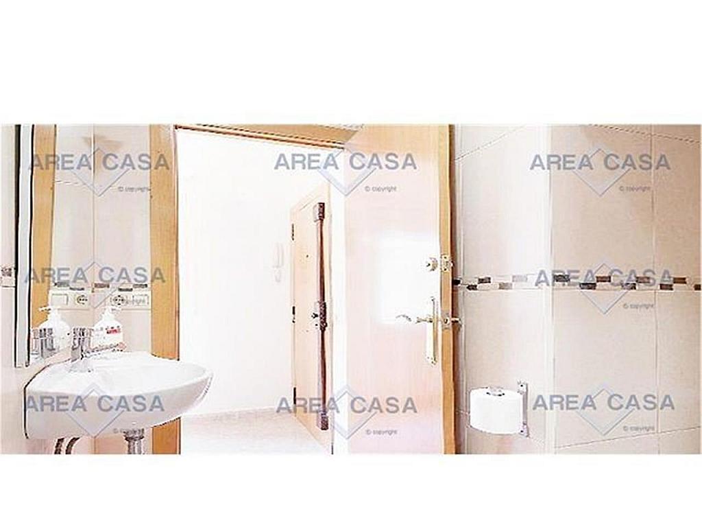 Piso en alquiler en La Barceloneta en Barcelona - 328995560