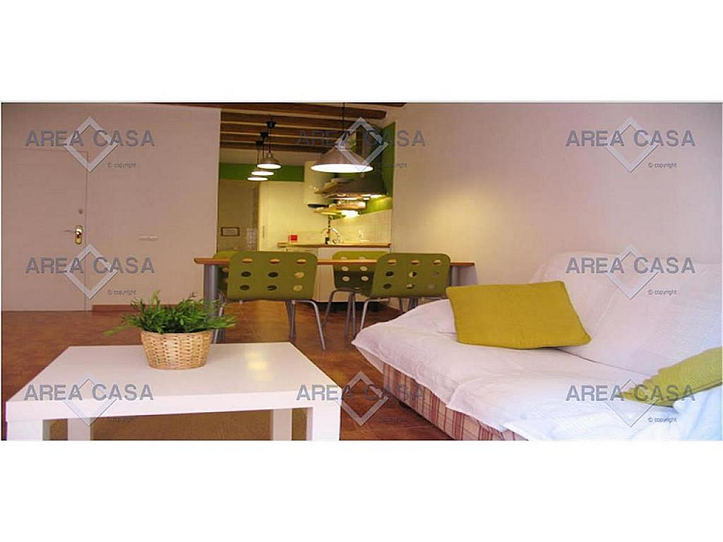 Piso en alquiler en El Raval en Barcelona - 367060658
