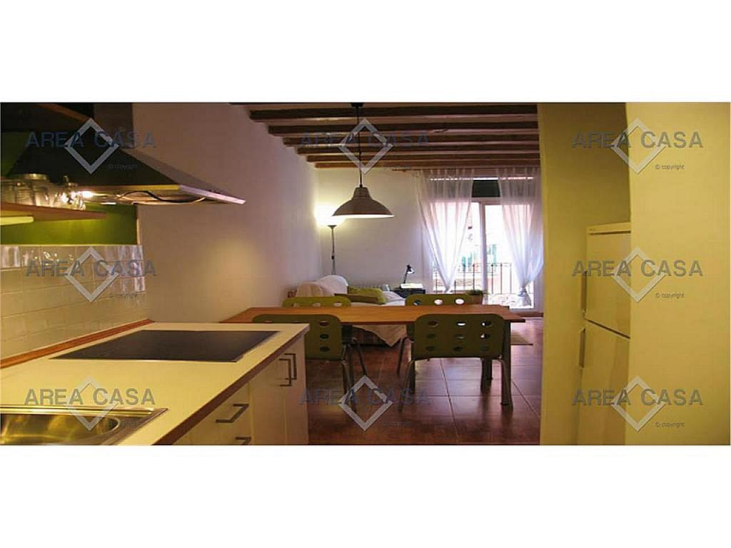 Piso en alquiler en El Raval en Barcelona - 367060673