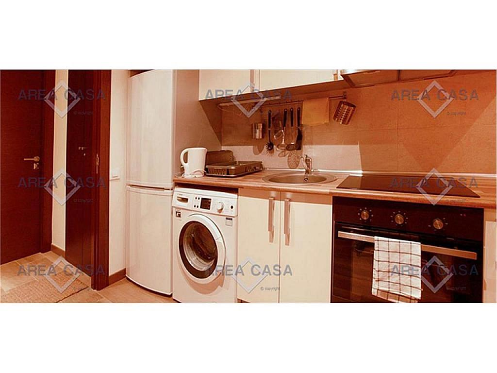 Piso en alquiler en El Raval en Barcelona - 327922183