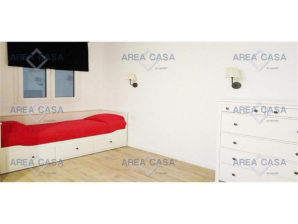 Piso en alquiler en Eixample en Barcelona - 328382448