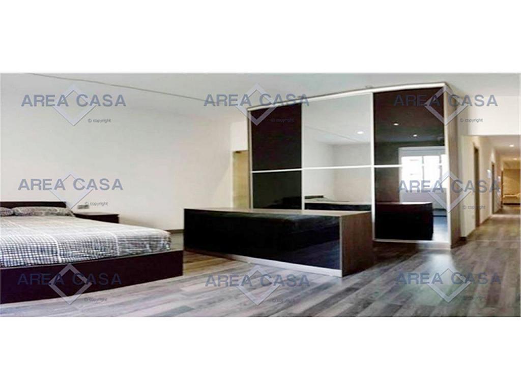Piso en alquiler en Eixample en Barcelona - 329837056