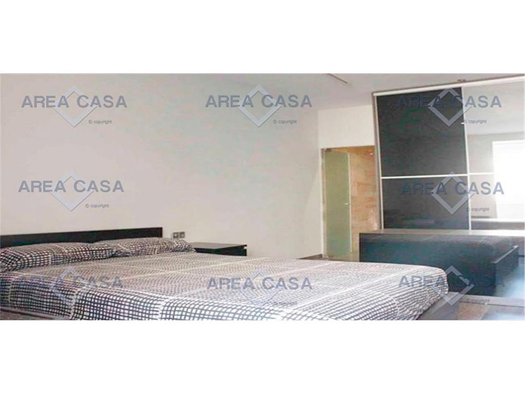 Piso en alquiler en Eixample en Barcelona - 329837059