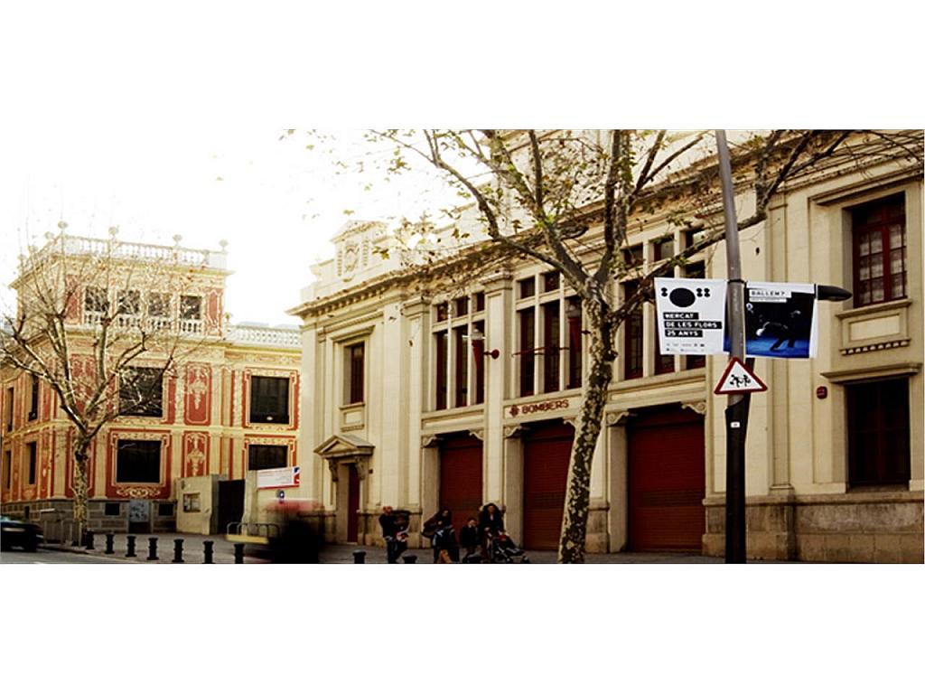 Piso en alquiler en Eixample en Barcelona - 329837080